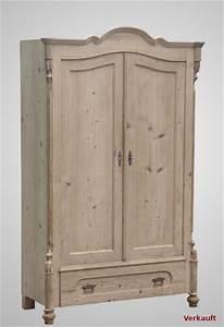 Nobilia Schränke Katalog : kleiner schrank aus dem louis philippe weichholz um 1850 antiquit ten focks ~ Frokenaadalensverden.com Haus und Dekorationen