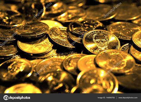 Symbol Für Reichtum Und Wohlstand by Stapel M 252 Nzen Und Geld Reichtum Erfolg Und Reichtum