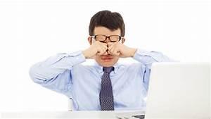 Nih Bahayanya Sering Mengucek Mata : Okezone Lifestyle