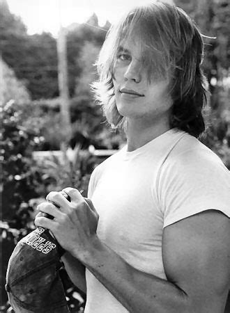 friday lights tim riggins this was nothing more than a thinly veiled excuse to post