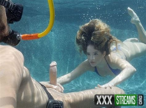 Sex Underwater • Xxx Streams