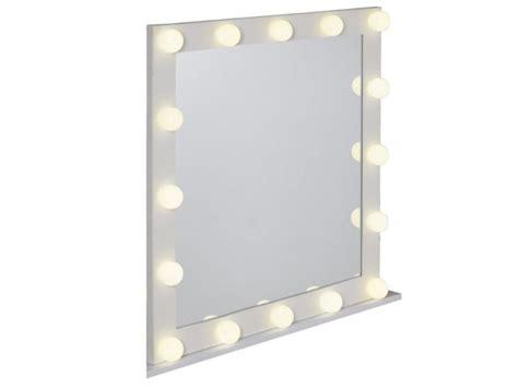chambre a louer cannes un miroir lumineux comme dans les loges de maisonapart