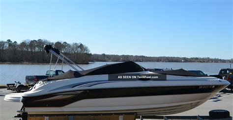 Sea Deck Boats by 2004 Sea 240 Sundeck