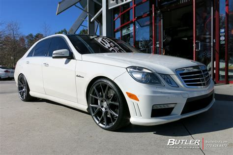 mercedes  class   vossen vfs wheels exclusively