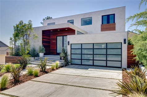 Modern Houses : Standard Garage Door Sizes, Single & Double Roller Doors
