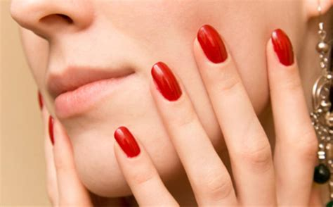 What Everyone Is Saying About Shellac Nails