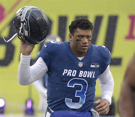 seahawks  russell wilson nfls highest paid player