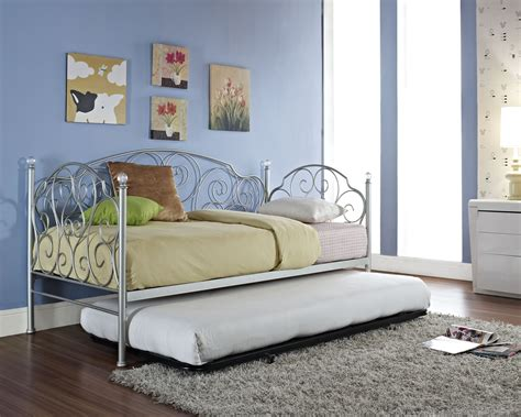bedroom appealing cheap daybeds  trundle