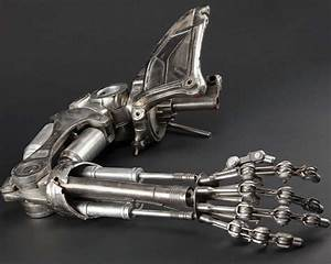Who Says Prosthetic Hands Have To Look Like Human Hands ...