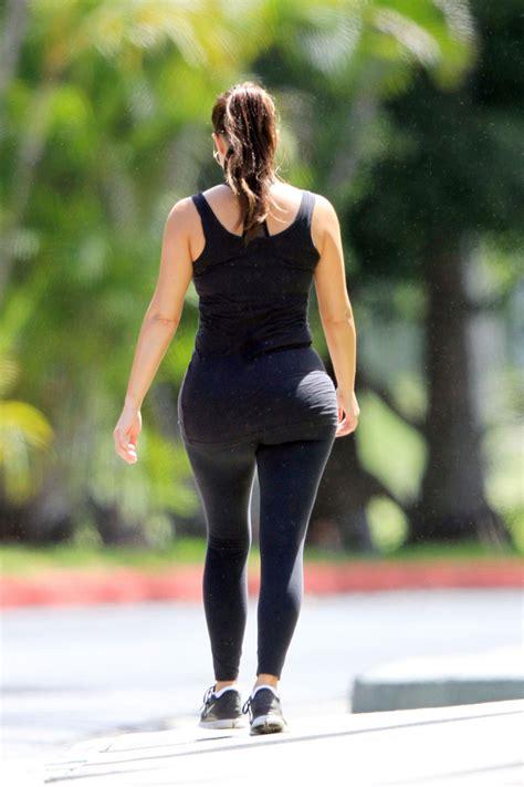 kim kardashian  kanye west    walk  hawaii