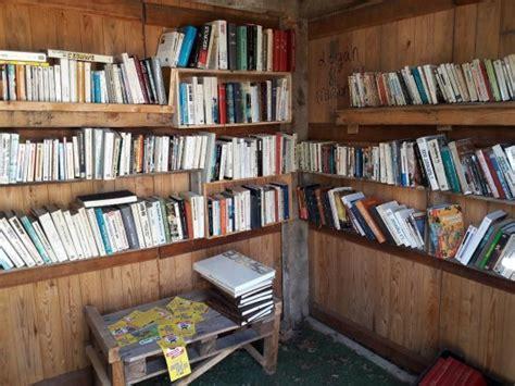chambre des metiers tarn et garonne la cabane à livres de donzac en tarn et garonne picture