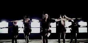 "Review: f(x) – ""Red Light"" is a Treat for the Eyes and ..."