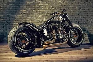 Bobber Harley Davidson : harley davidson bobber crowned stallion grease n gas ~ Medecine-chirurgie-esthetiques.com Avis de Voitures