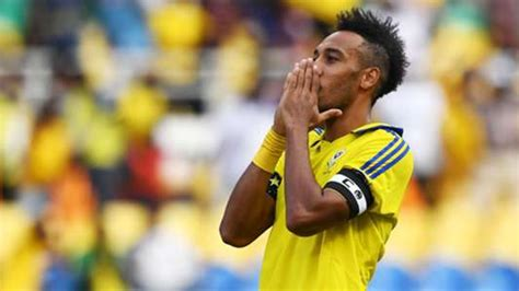 Neveu talks up influence of Arsenal star Aubameyang in ...