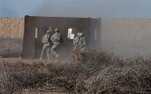 DVIDS - Images - US Soldiers conduct platoon live-fire ...
