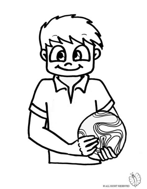 bambino da colorare e stare disegno bambino con pallone disegni da colorare e