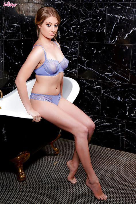 busty babe veronica weston spreading wet pornstar pussy in bathroom