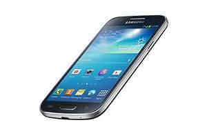 Samsung Galaxy S4 Mini Smartphone 8 MP Camera 432 QHD