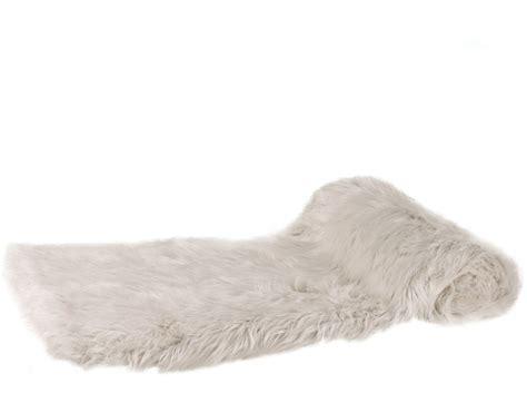 Thick Cream Faux Fur Throw   Throws