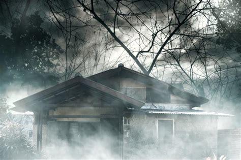 casa infestata dai fantasmi casa infestata dai fantasmi in russia la polizia chiama