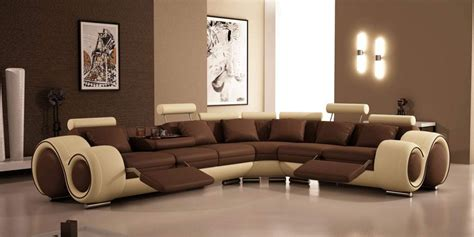 Living Room With Brown Sofas Flooring Sale Lloydminster For A Summer House Hardwood Kijiji Ontario Laminate Mississauga Sports Adhesive Wholesale Raleigh Nc Installed Next Day Clearance