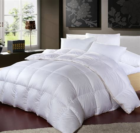 Hypoallergenic Comforter Reviews  The Bedding Guide