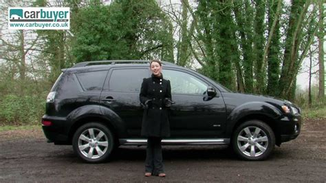 mitsubishi outlander suv   review carbuyer