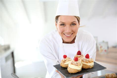 salaire chef de cuisine suisse pâtissier salaire études rôle compétences regionsjob