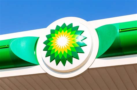 Bp Revisits Clean Energy Commitment With 0 Million