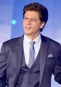 Shah Rukh Khan 2020: Wife, net worth, tattoos, smoking ...