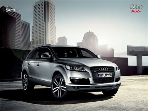 town audi audi q7 in town wallpapers audi q7 in town stock photos