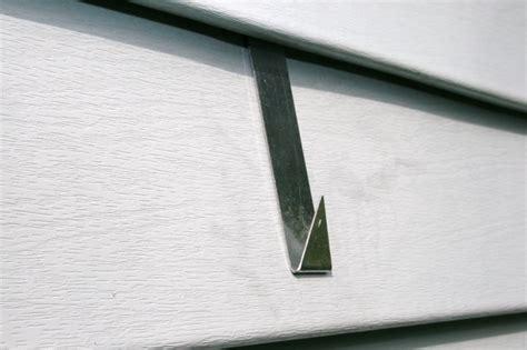 vinyl siding hook