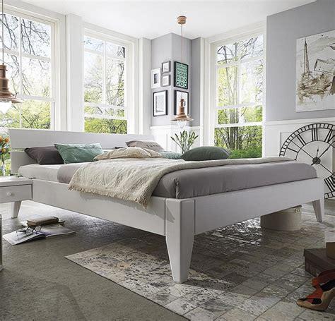Bett 200x200 Weiß Holz by Bett 120x200 Weiss Holz