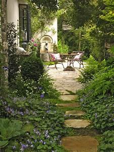 Carmel U2019s Cottage Gardens