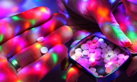 แพทย์เตือน Club Drugs หรือ นักปาร์ตี้ มั่วยา ทั้ง ยาอี ยา ...