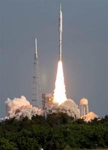 NASA Perplexed Over New Rocket's Parachute Failure