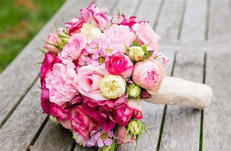 Blumen Hochzeit Dekorationsideenblumen Hochzeit In Weiss by Hochzeit Blumenmanufaktur Otterndorf