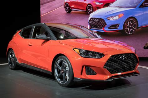 2019 Hyundai Veloster Remains Small, Sporty And Strange
