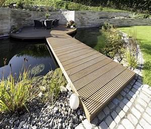 Zählt Terrasse Zur Wohnfläche : teichanlage wundersch n mit bankirai holzsteg zur terrasse ~ Lizthompson.info Haus und Dekorationen