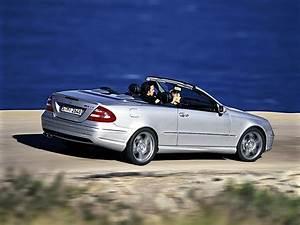 Mercedes 55 Amg : mercedes benz clk 55 amg cabrio a209 specs 2003 2004 2005 2006 autoevolution ~ Medecine-chirurgie-esthetiques.com Avis de Voitures
