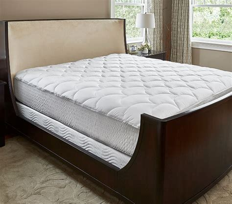 hotel mattress topper buy luxury hotel bedding from courtyard hotels mattress