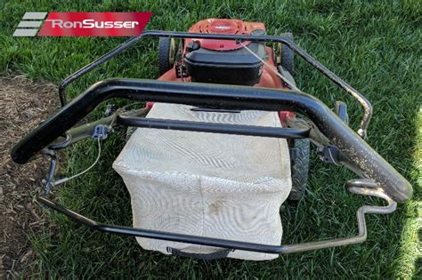Toro 22″ Recycler Mulcher Lawn Mower With Grass Catcher