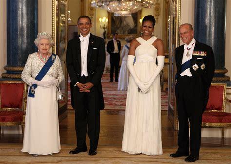 internet  obsessed    queen elizabeth