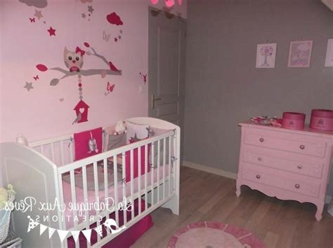 decoration chambre bebe fille stickers  lit rose