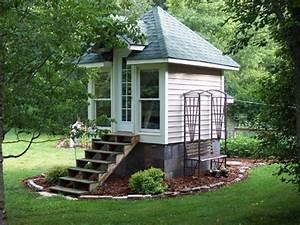 Small portable houses tiny house north carolina very for Really small houses