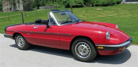 1986 Alfa Romeo Spider Veloce Convertible 2