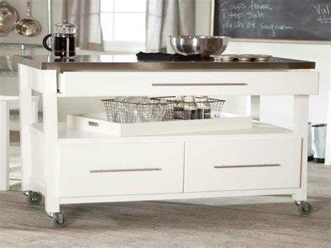 ilot cuisine sur roulettes meubles contemporains à roulettes pratiques et originaux