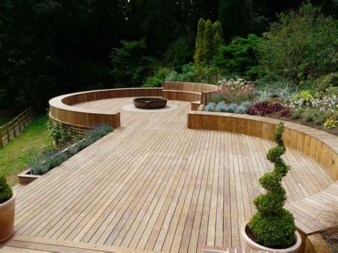 pc bureau professionnel timber decking godalming surrey pc landscapes
