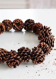 Que Faire Avec Des Pommes De Pin Pour Noel : plus de 60 id es originales pour une couronne de no l faire soi m me obsigen ~ Voncanada.com Idées de Décoration