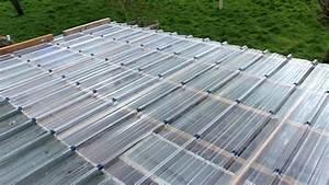 Coperture tetti in plastica Copertura tetto Coprire il tetto con la plastica